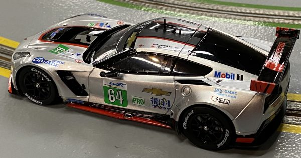 Carrera 27633 Chevrolet Corvette C7.R #64 WEC Shanghai Redline Livery Evolution 132 20027633