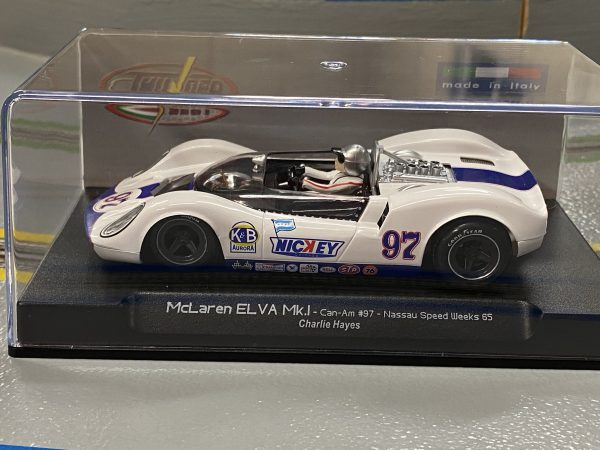 Thunder Slot CA00404S/W McLaren Elva MK1 Can-Am Nassau 1965 Charlie Hayes Nickey #97