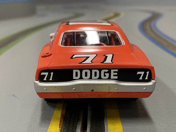 Carrera 27639 Dodge Charger 500 Bobby Isaac No.71 Evolution 132 20027639