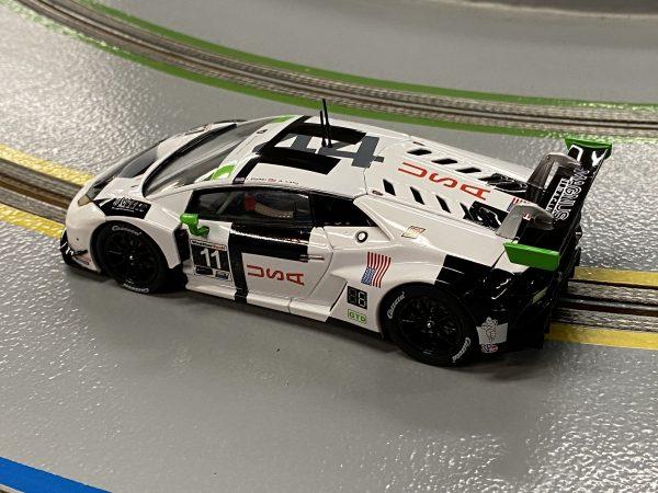 """Carrera 30918 Lamborghini Huracan GT3 """"Magnus Racing No.11"""" Digital 132 20030918"""