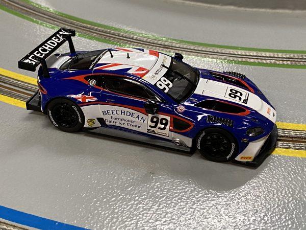 "Carrera 30931 Aston Martin Vantage GT3 ""Beechdean Racing Team, No.99"" Digital 132 20030931"