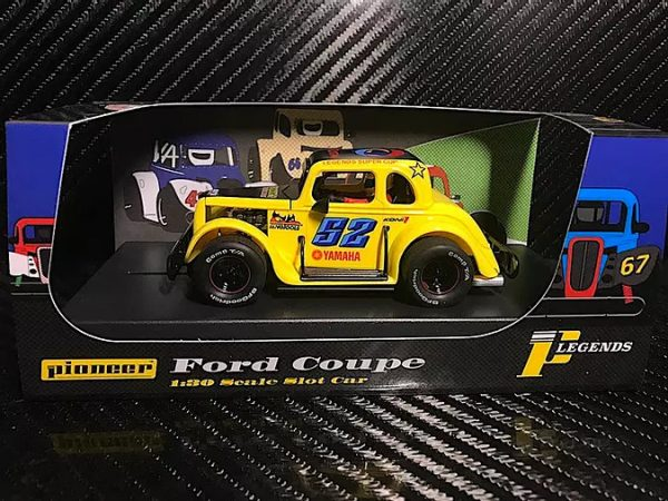 Pioneer '34 Ford Coupe Legends Racer - Yellow #52 P068